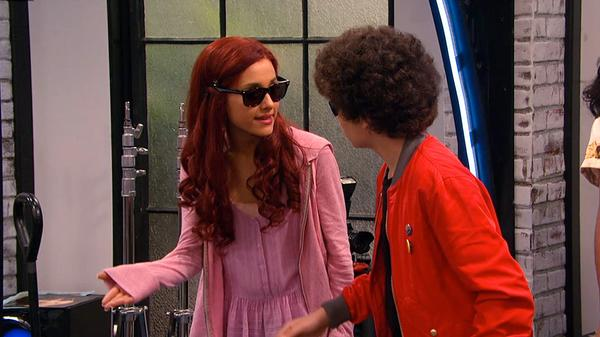 "Sam & Cat: ""#GettinWiggy"""