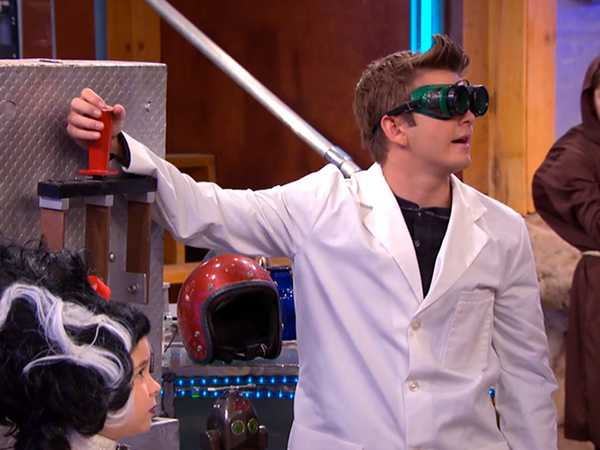 "The Thundermans: ""Weekend Guest"""