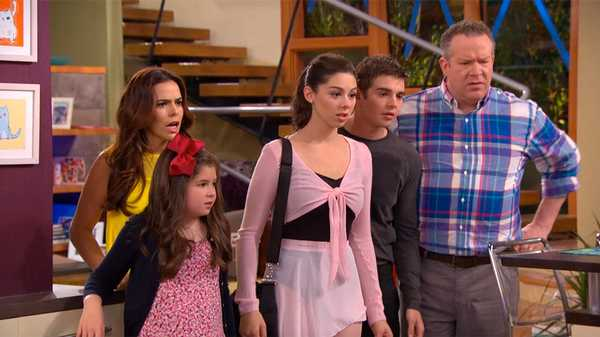 "The Thundermans: ""Phoebe Vs. Max: The Sequel"""