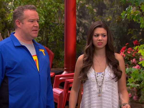 "The Thundermans: ""No Country for Old Mentors"""