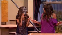 """VICTORiOUS: """"Tori the Zombie"""""""
