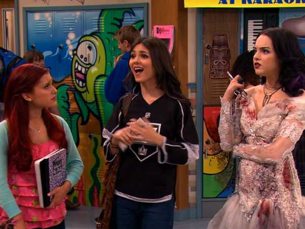 Watch Victorious S01E10 Season 1 Episode 10