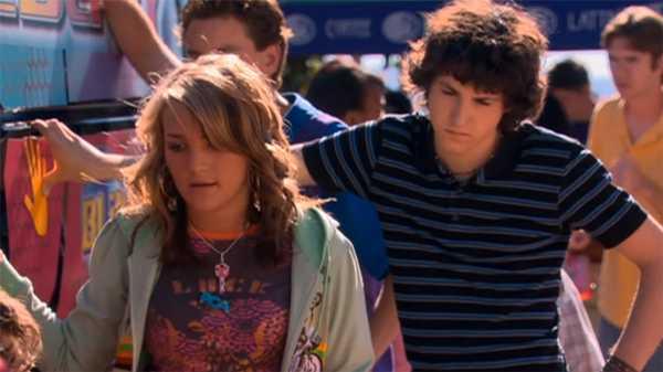 """Zoey 101: """"Hands on a Blix Van"""""""