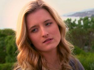 Grace Gummer as Anna Moore on TeenNick's Gigantic