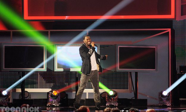 Jason Derulo, performing live at the 2011 TeenNick HALO Awards