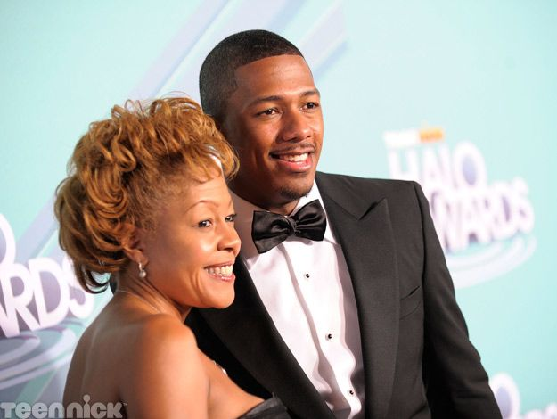 Nick Cannon and his mom at the 2011 TeenNick HALO Awards