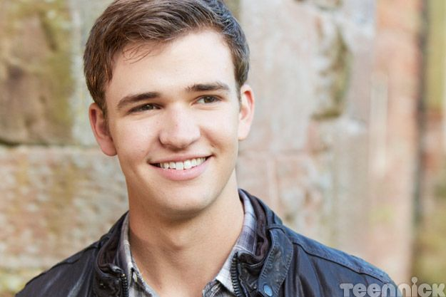 Eddie (Burkely Duffield)