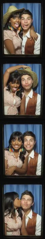 Drew and Alli's photobooth pics from Degrassi
