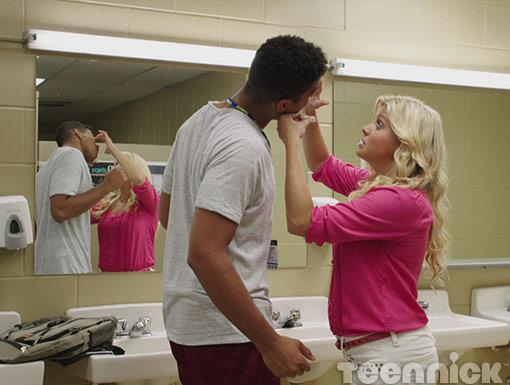 Jenna struggles to put in Connor's contacts during his makeover.
