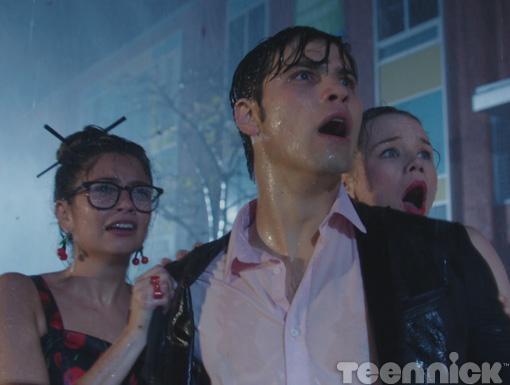 Drew, Imogen and Jack get worried when they can't find Becky during the storm.