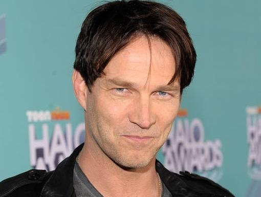 2011 HALO Awards: Orange Carpet | Actor Stephen Moyer