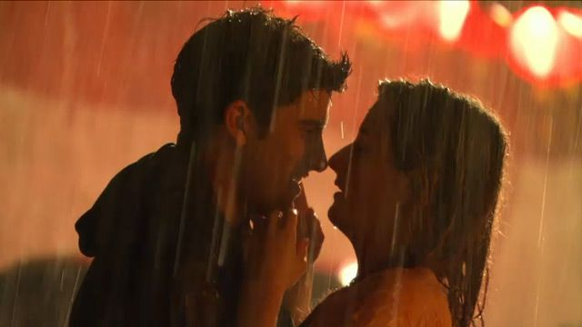 Gigantic | A Rainy Kiss | Season 1 | Ep. 14 | Video Clip | TeenNick