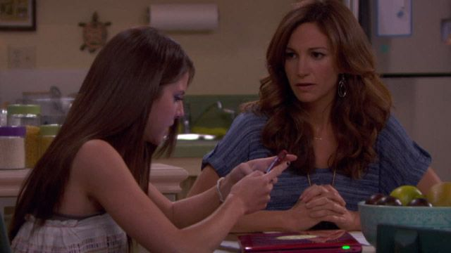 Hollywood Heights | Hollywood Heights Sneak Peek: